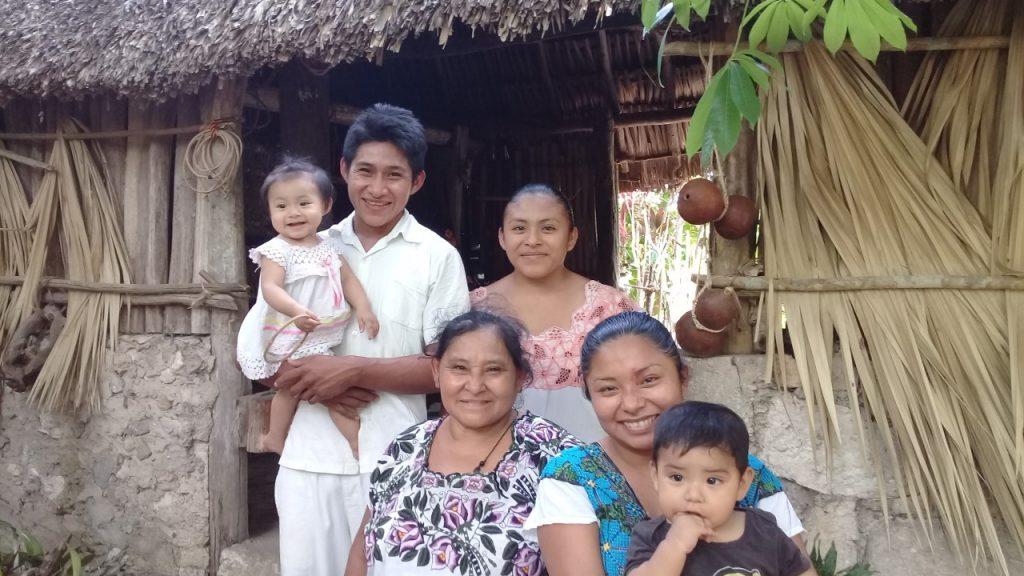 Photo de famille maya